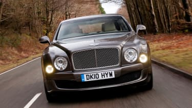 Bentley Mulsanne nose tracking