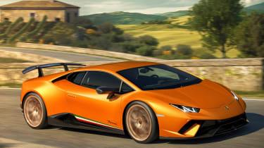 Lamborghini Huracan Performante - front tracking