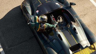 Dallara EXP – driver