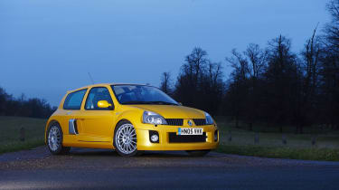 Renault Sport Clio V6 255 Liquid Yellow