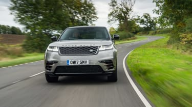 Range Rover Velar P380 First Edition - front tracking