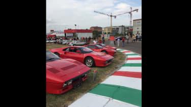 Ferrari70 pictures - 288 prosession