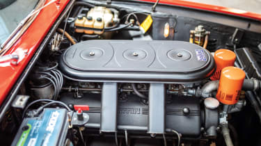Ferrari 330 GTC Zagato - engine