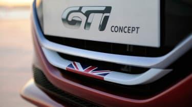 Peugeot 208 GTI Concept badge
