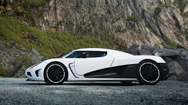 Koenigsegg Agera R side profile