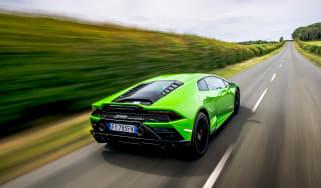 Lamborghini Huracán Evo RWD – rear tracking
