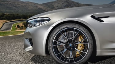BMW M5 Competition review - wheel