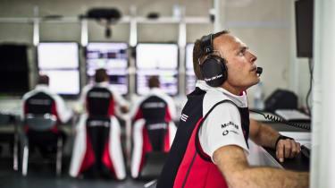 Porsche 919 Hybrid pit garage