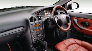 Peugeot 406 Coupe – interior