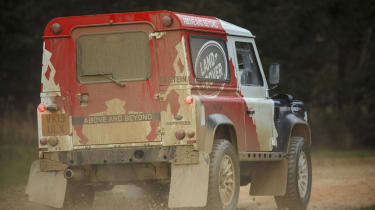 Land Rover Defender Challenge mud