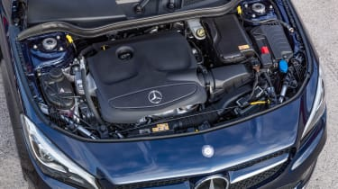 Mercedes-Benz CLA200 Shooting Brake - engine bay