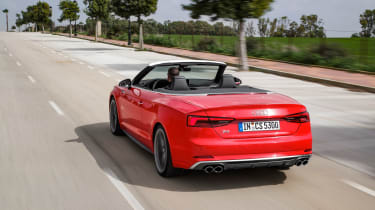 Audi S5 Cabriolet - rear tracking