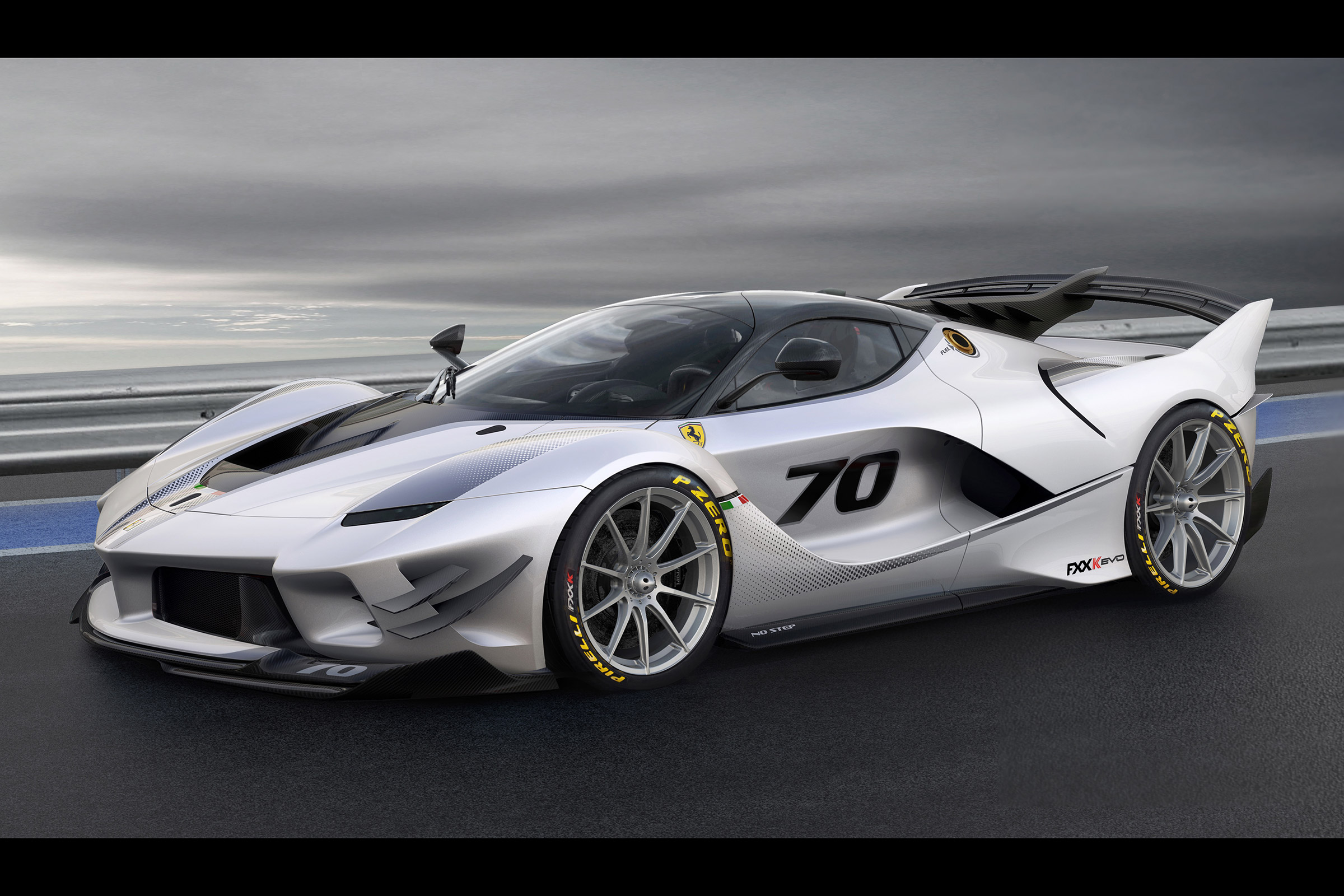 Ferrari LaFerrari review, price and video   Evo