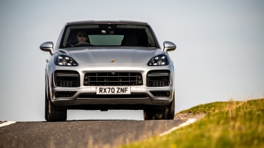 Porsche Cayenne Coupe Turbo S e-hybrid – nose