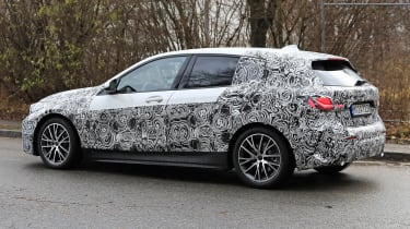BMW 1-series 2019 - side