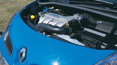 Renault Clio 197 engine