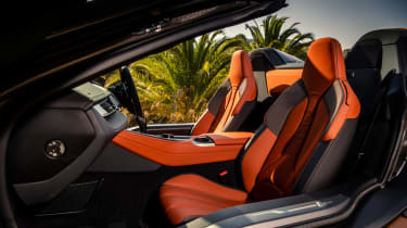 BMW i8 Roadster seats