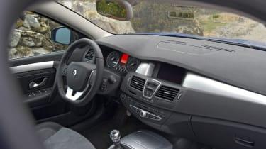 Renault Laguna GT interior