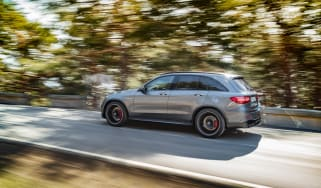 Mercedes-AMG GLC 63 tracking