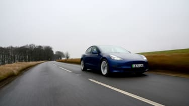 Tesla Model 3 MY21 - front tracking