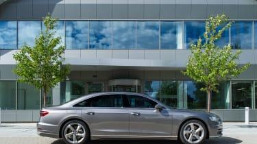 Audi A8 UK - profile