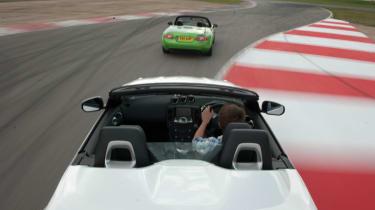 Mazda MX-5 vs Nissan 370Z Roadster track battle