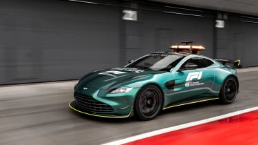 Aston Martin Vantage safety car - tracking