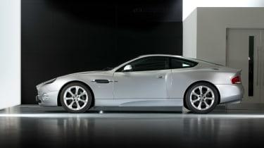 Aston Martin V12 Vanquish side