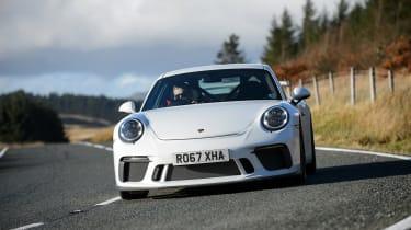 Porsche 911 GT3 vs Lotus GT430 - nose