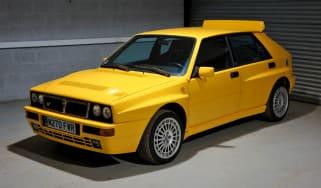 Lancia Delta Integrale Evo yellow