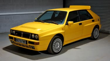 Lancia Delta Integrale Evo yellow
