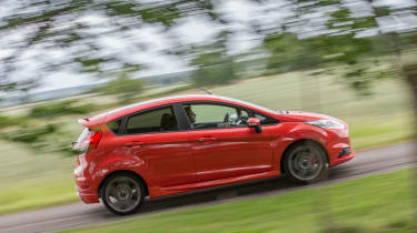Ford Fiesta ST five-door - Side