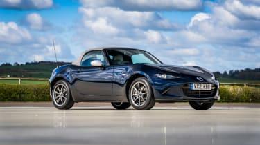 Mazda MX-5 Sport Venture - front quarter static