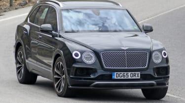 Bentley Bentayga PHEV – front quarter