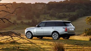 MY18 Range Rover - LWB rear