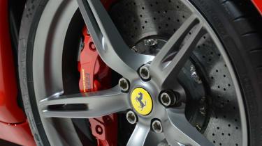 Ferrari 458 Speciale wheel