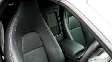 2013 Jaguar F-type V6 leather sports seats