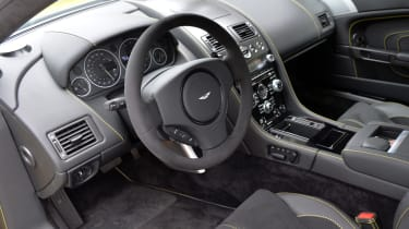 Aston Martin V12 Vantage S dashboard steering wheel