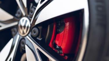 Volkswagen Golf GTD 2021 review - wheel
