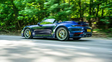 Porsche 911 Turbo S Cabriolet – rear low tracking