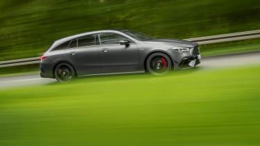 Mercedes-AMG CLA45 S Shooting Brake - side