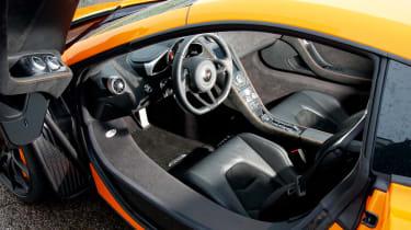 McLaren MP4-12C - interior