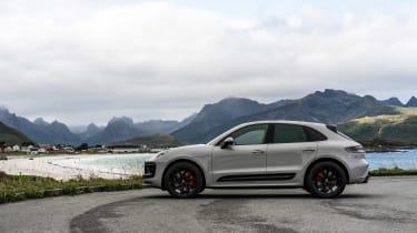 Porsche Macan GTS 2021 – side