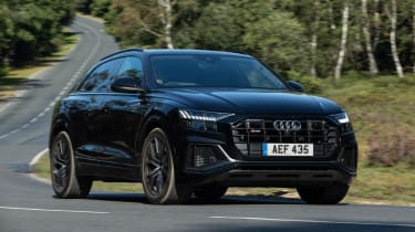 Audi SQ8 TFSI 2021 – header