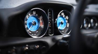Volvo P1800 Cyan Racing – dial pack