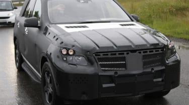 Mercedes M-class spy images