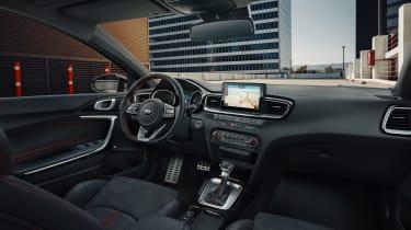 Kia Ceed GT revealed - 2018 interior