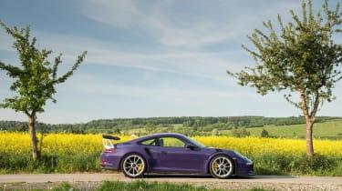 Porsche 911 GT3 RS - profile