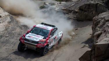 Toyota GAZOO Racing Hilux – Dakar – Devilliers