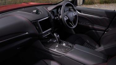 Maserati Levante Trofeo – dash